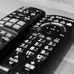 テレビリモコンの故障を修理!ボタン反応が悪い時に自分で直す方法!