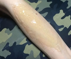 ハロウィンの仮装!ゾンビの傷口メイク「やり方と手順」②」