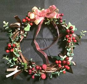 100均材料だけで手作り!クリスマスリースの作り方 手順4