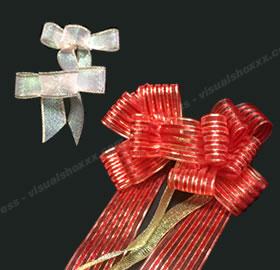 リボンで手作り♪クリスマスリースの作り方 手順6