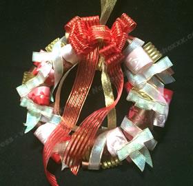 リボンで手作り♪クリスマスリースの作り方 手順7
