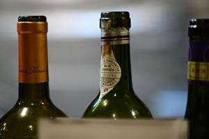 赤ワイン・白ワインに最適なワイングラス