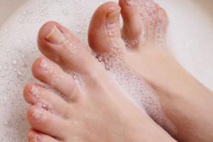 足の臭いの予防と対策!「原因を理解した上で効果的な対策を!」
