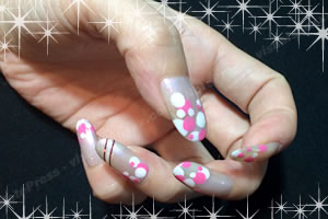 夏のネイルデザイン♪ピンク系アクセントのデザインはコレ!