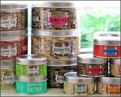 女性へ贈る送別会のおすすめプレゼント 3「クスミティーの缶入り紅茶」