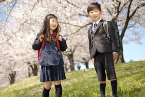 甥っ子や姪っ子の「小学校の入学祝いの相場」は!?