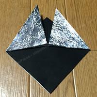 折り紙「かぶとの折り方 5」