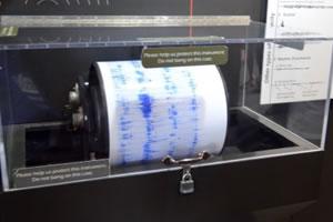 地震の震度測定計