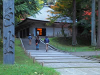日本の世界遺産画像「平泉 - 仏国土(浄土)を表す建築・庭園及び考古学的遺跡群 -」
